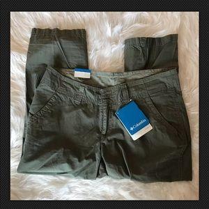 Columbia Sz 2 Green Columbia Crop Pants